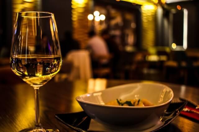 PAM ja MaRa: Matkailu- ja ravintola-alan elvytystoimet välttämättömiä